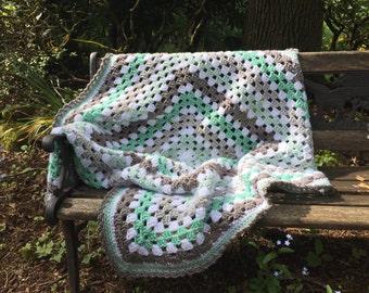 "Crocheted blanket, 33""x33"" crocheted baby blanket, spring blanket, sea green blanket, granny square blanket, baby gift"