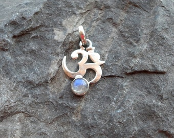Silver Om and Spectralite Pendant
