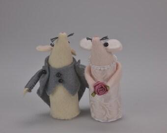 Bespoke Wedding mice. Customised bride and groom mice . A wonderful keepsake gift or cake topper.