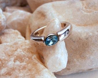 Blue Stone Ring - Silvertone