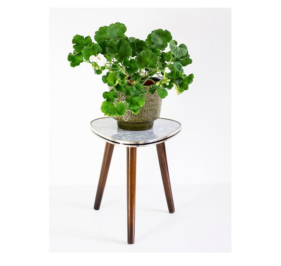 vintage mid century modern plant stand atomic triangular table. Black Bedroom Furniture Sets. Home Design Ideas