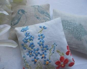 Linen Lavender Sachets, set of 3 - forget me not, vintage embroidered linen lavender sachets, lavender pillows