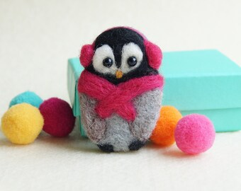 Penguin Brooch, Needle felted brooch, 'Cozy Penguin', Teen Gift, Felt Brooch, Pin, penguin gift, scarf colour choice