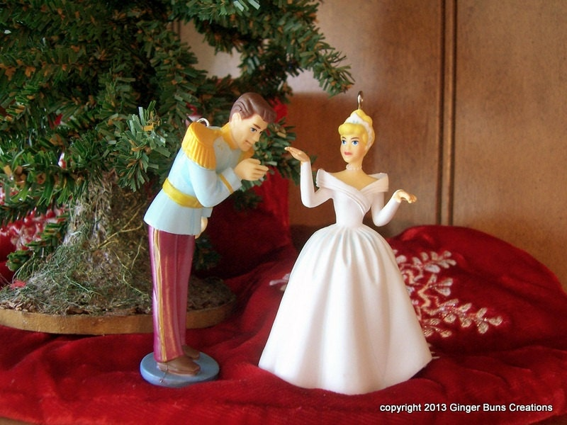 Cinderella As Bride With Prince Charming Wedding Ornament Set