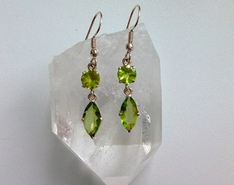 Sterling Silver Earrings with faceted Peridot