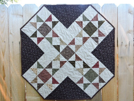 Ohio Star Octagon Shaped Quilt/Wall Warmer/Table Topper