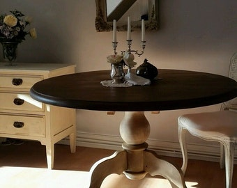 Shabby Chic French Country Round Dining Table
