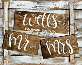 Last Name Wedding Sign // Mr. Mrs. Chair Signs // Hand Lettered Wedding Sign Pack // Bridal Shower Gift