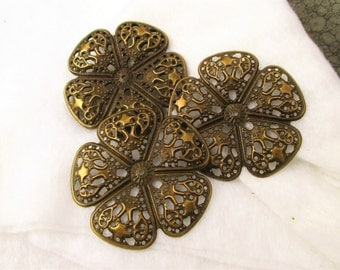 Nicely detailed antique brass filigree wrap