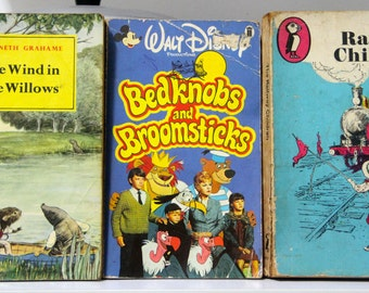 "Classics Combo ""The Railway Children/The Wind in the Willows/Bedknobs and Broomsticks"" Paperback Books (3)"