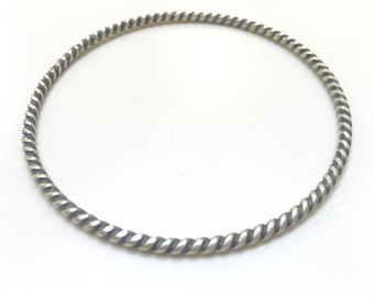 Sterling Silver Twist Bangle - Heavy Twist Rope - 2.6mm Thickness /10 Gauge Round Oxidized Bangle - Hallmarked 925