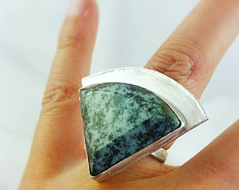 Moss Green Quartz Ring