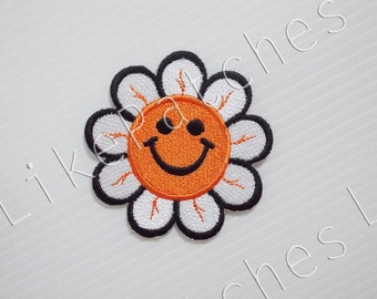 Daisy Flower Smiley Face New Sew / Iron On Patch Embroidered Applique Size 6.1cm.x6.2cm. ##