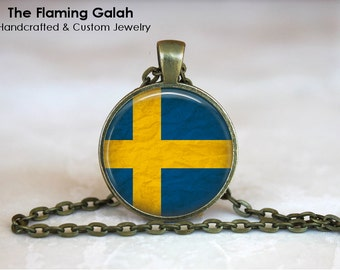 SWEDISH Flag Pendant • Vintage Sweden Flag • Flag of Sweden • Gift Under 20 • Made in Australia (P0419)