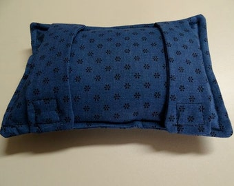 Port Softie Seatbelt Pad for Chemotherapy Patients - Navy with Black Print