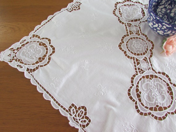 Beautiful white cotton cut work lace tablecloth square for White cotton table cloth
