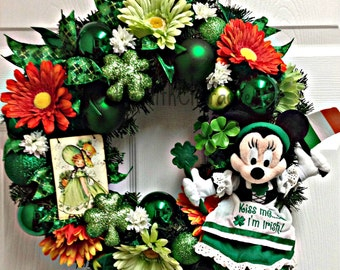 Disney Inspired Irish St. Patrick's Day Minnie Mouse Celebration Party Wreath
