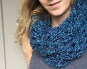 Knitted Infinity Scarf - Blue
