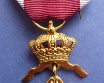 Belgium Order of the Crown Merit Medal. (1st class grade in gilt). Superb Condition.
