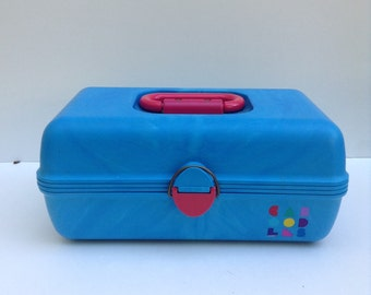 Vintage 1990s Blue Caboodle Cosmetic Case