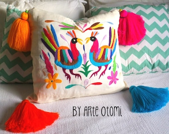 Otomi Pillow sham Multicolor 100% cotton hand embroidered by Otomi indigenous women.Vibrant colors naturally dyied #SociallyConscious