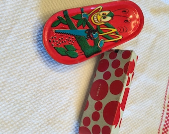 Vintage 2 Noisemakers; Toy Noise makers; Tin Litho Noisemakers; Us  metal toy