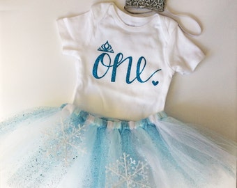 Elsa First Birthday Outfit- Elsa - Birthday Outfit- Birthday Outfit Collection