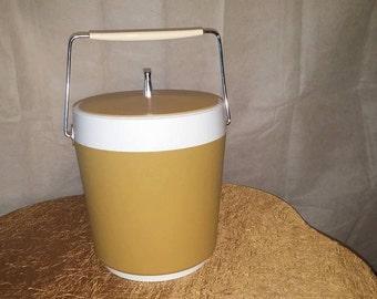 Vintage Plastic Ice Bucket 1960's