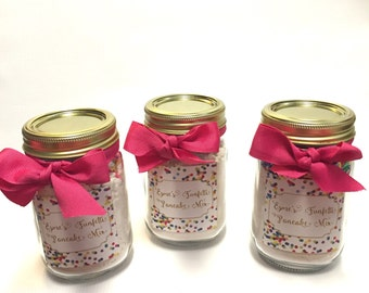 Funfetti Shake and Pour Sweet Cream Pancake Mix - Pint Size - Party Favor