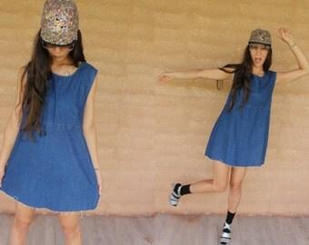 SALE! Vintage 90's basic denim shift dress with raw edge summer grunge festival M/L