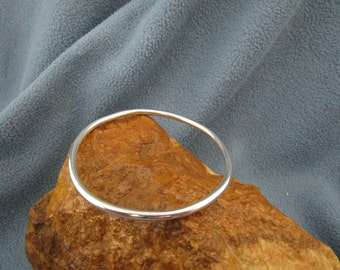 Solid Sterling Silver Bangle Bracelet with Smooth Mirror Finish