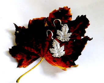 maple leaf earrings, canada earrings, spoon earrings
