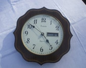 Vintage French Vedette Quartz Date Wall Clock