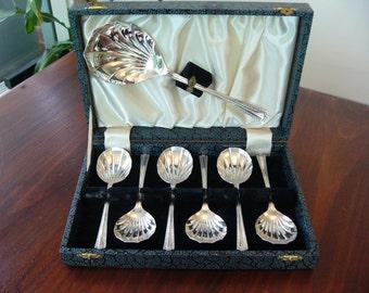 Silverplate Desert Spoons ... Shell Design ... Vintage Silverplate ... Elegant Dining ... Home Decor ... Wedding Gift