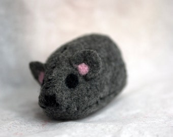 Catnip mouse, felted catnip mouse, Cat toy, mouse