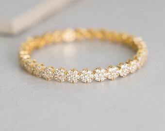 Petunia Cuff Bracelet - 030500047