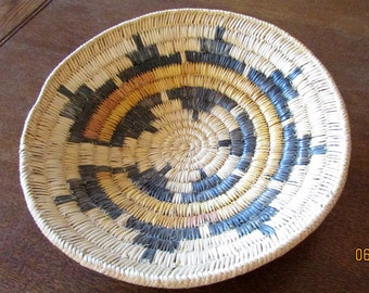 "Hand Woven Navajo Basket  11 1/2"""