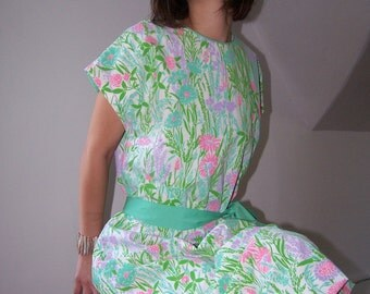 Vintage Vested Gentress Floral Pastel Novelty Summer Dress 42