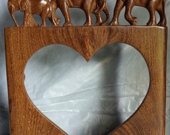 Heart Photo frame with Elephant family