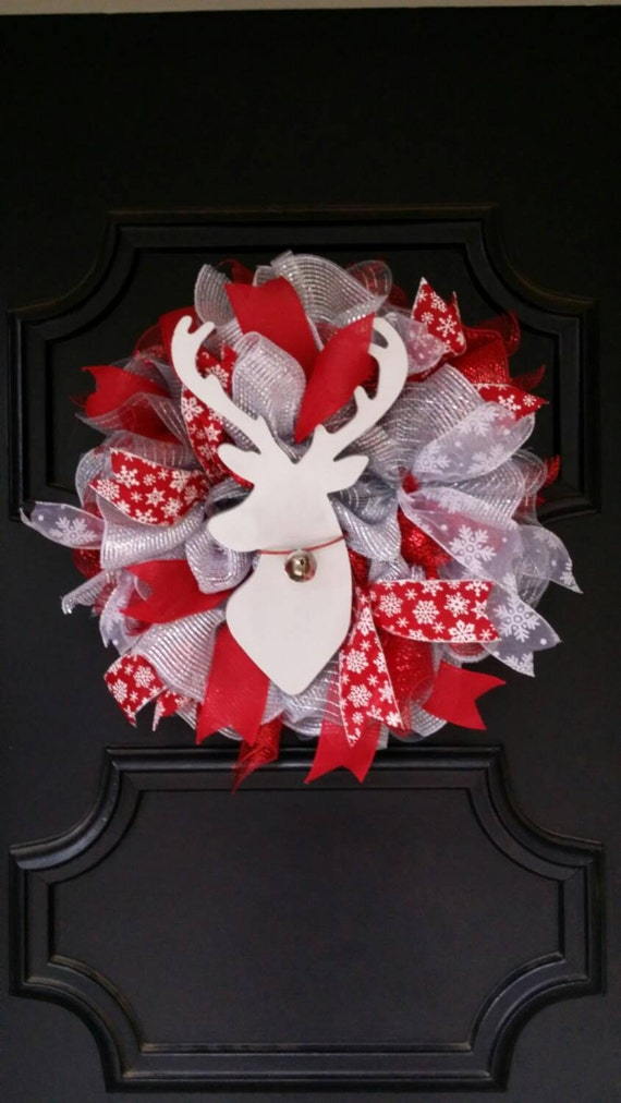 Christmas reindeer wreath silver deer decor indoor christmas for Christmas deer decorations indoor
