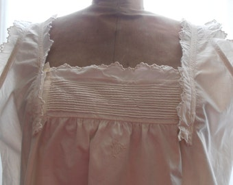 A French vintage lady's nightgown