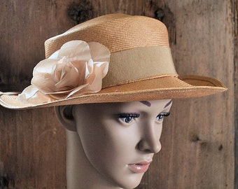 Vintage french straw hat , with sil ribbon and silk rose, 1930s