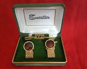 Vintage Executive Tie Bar and Cuff links