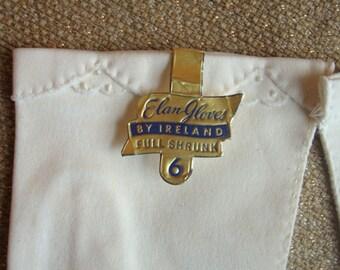 Vintage White Gloves Size 6
