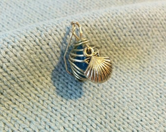 Nautical Glowing Wire-Wrapped Crystal Pendant- Scallop Charm