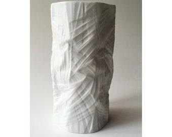 """Vintage Rosenthal Studio-Linie White matte vase Martin Freyer """"STRUCTURA PAPER"""" 1971"""