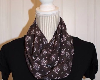 Heart cluster infinity scarf