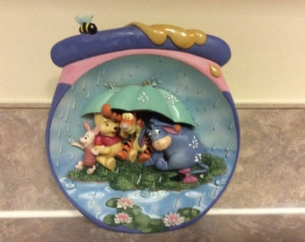 Really Cute Winnie The Pooh Hanging Collectors Plate 3D Art Pooh's Honey Pot Adventure, Bradford Exchange.