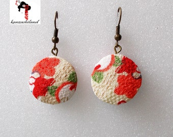 Earrings with Japanese kimono fabric