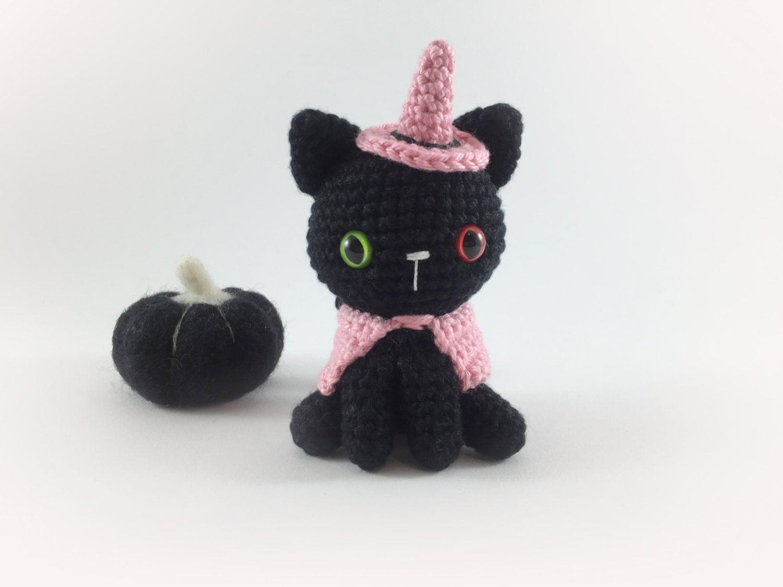 Hello Kitty Halloween Amigurumi : Crocheted Witch Kitty Crochet Witch Halloween Amigurumi